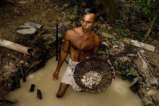 Mining for Moonstone