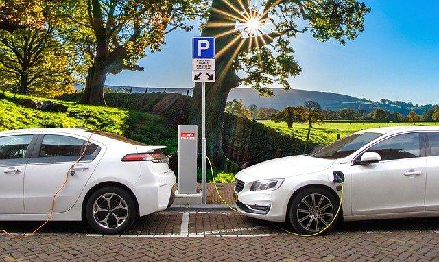Electric cars recharging