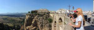 beautiful view from el puente nuevo